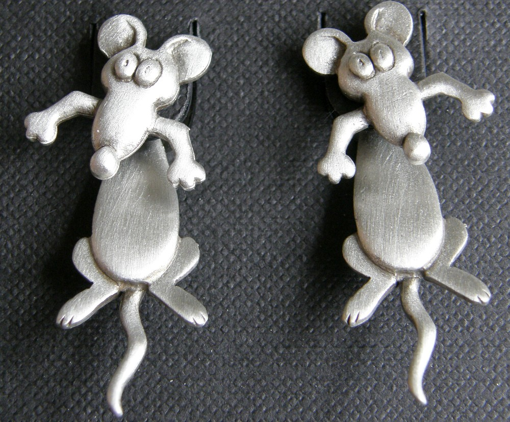rat earrings shop